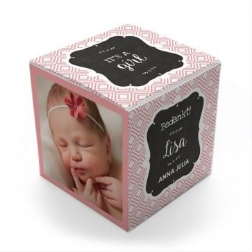 Gepersonaliseerd Snoepdoosje Geboortebedankje - Baby Square Meisje