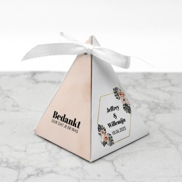 Piramide doosje huwelijksbedankje - Botanical Geo