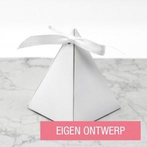 Piramide doosje huwelijksbedankje - Eigen ontwerp