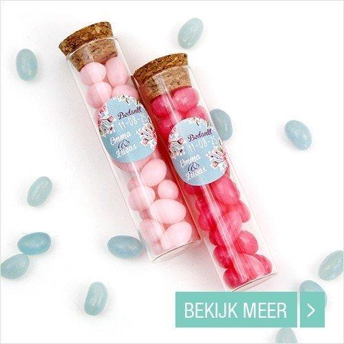 candy-tubes-huwelijksbedankje