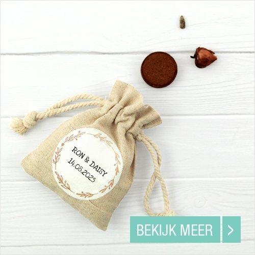 bedrukt-linnen-zakje-huwelijksbedankje
