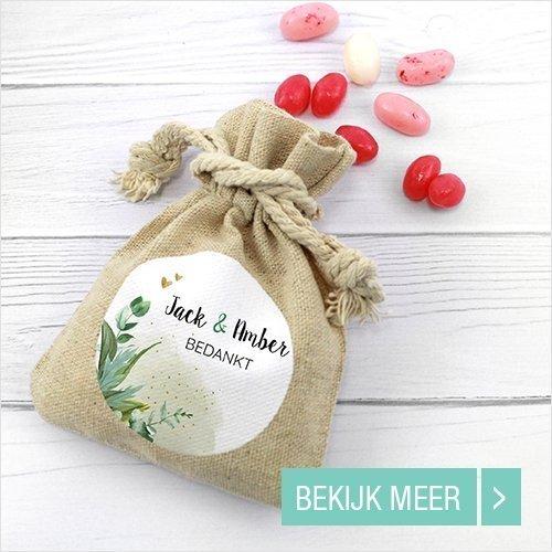 bedrukt-linnen-zakje-huwelijksbedankjes